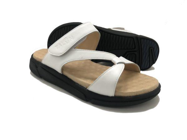 รองเท้าสุขภาพ Talon W3592 WHITE